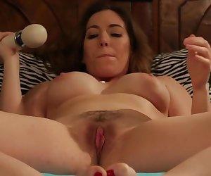 Erstaunliche Pornostars Savannah Fox und Samantha Grace in fabelhaften big ass, Fetisch lesbi Szene.
